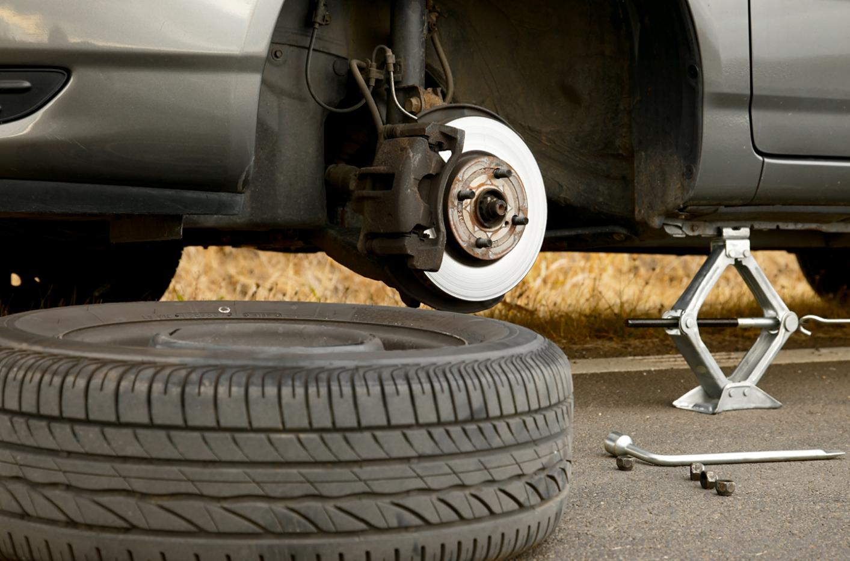 Οδηγώντας με ασφάλεια: Ξέρεις να αλλάξεις ένα σκασμένο λάστιχο;